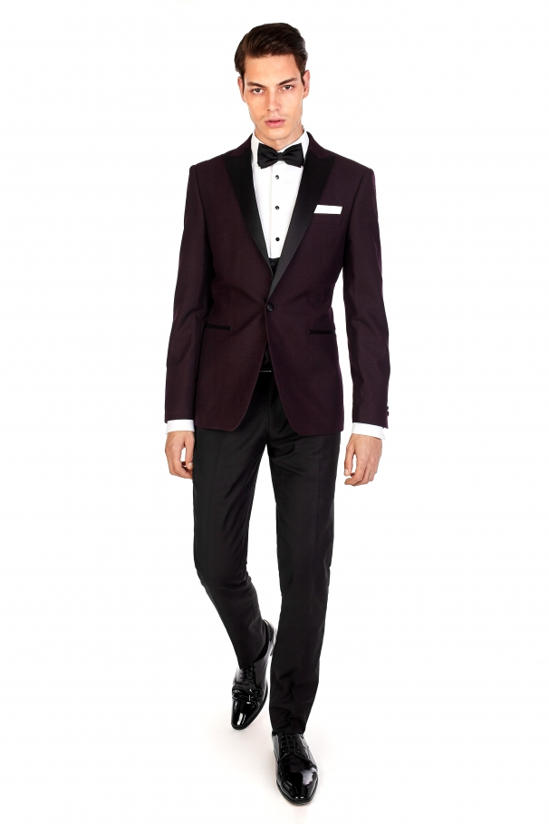 Costum bordo regal